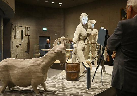 Boerin model waterlinie Museum, sculptuur geit,
