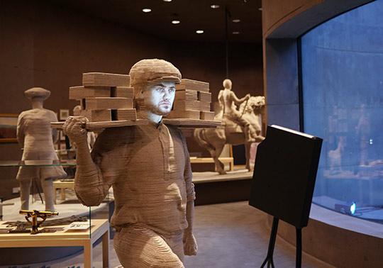 felt sculpture model worker waterlinie museam, annerose